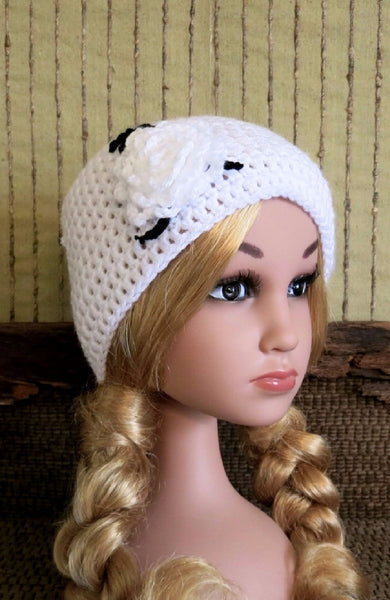 Child's-Beanie-with-Laces-and-Flower-Nchanted-Gifts
