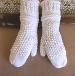 Load image into Gallery viewer, Classic-Knitted-Mittens-Nchanted-Gifts