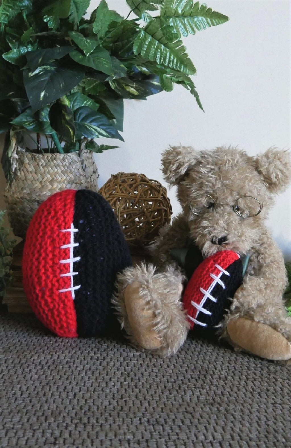 AFL-Knitted-Football-Nchanted-Gifts