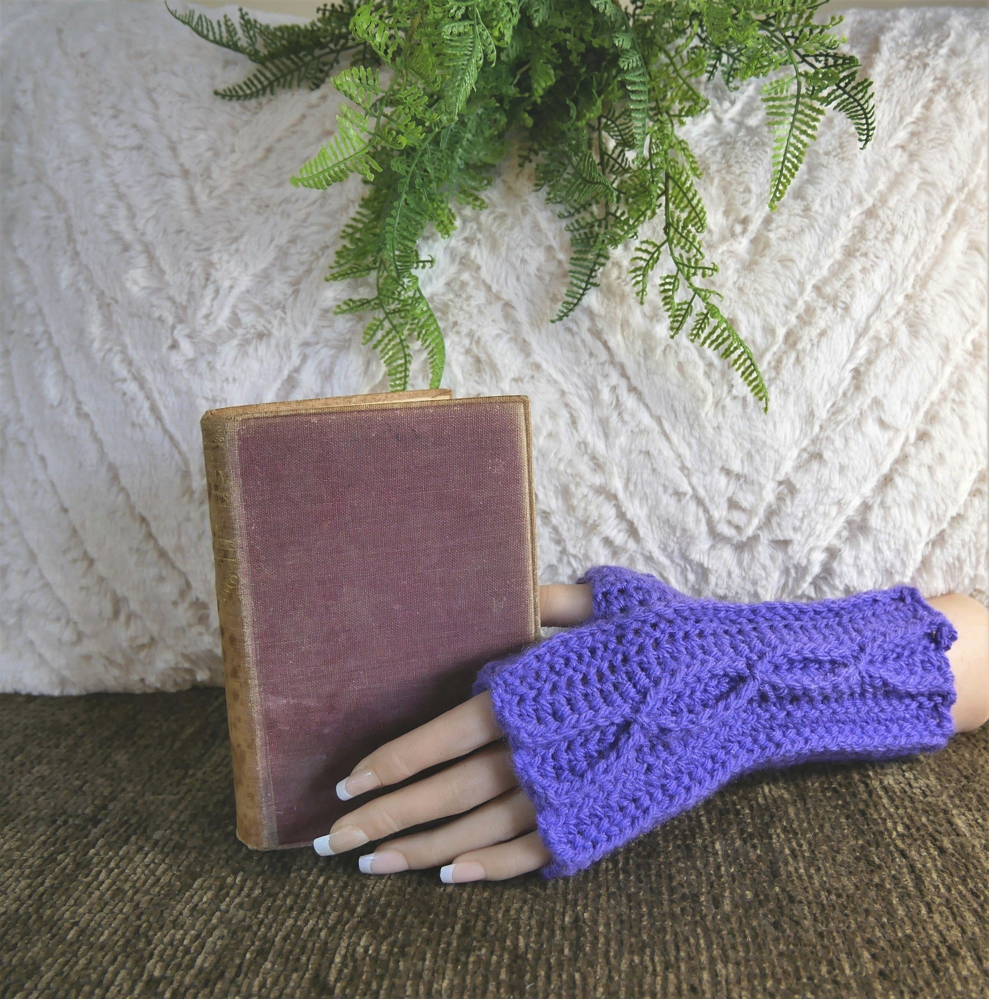 Handmade Fingerless Gloves In Mauve