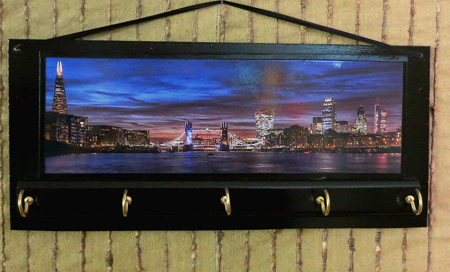London-Tower-Bridge-View-Wall-Key-Rack-Nchanted-Gifts