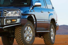 Load image into Gallery viewer, Side Rail With Flares For Toyota Land Cruiser 100 Series