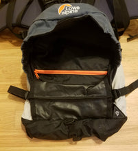 Load image into Gallery viewer, Lowe Alpine Ascent ND 35 Womens Backpack (USED)