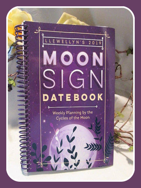 2019 Moon Sign Datebook Book