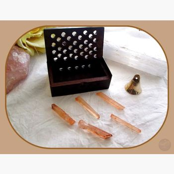 Enhancer Strawberry Quartz Deluxe Travel Set Stone Sets Mystical Moons