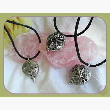 Scented Locket Necklace Mystical Moons