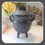 Triquetra Cast Iron Cauldron With Lid Cauldrons Mystical Moons