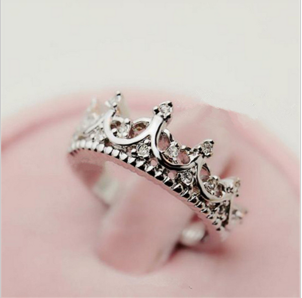 crown fashion ring