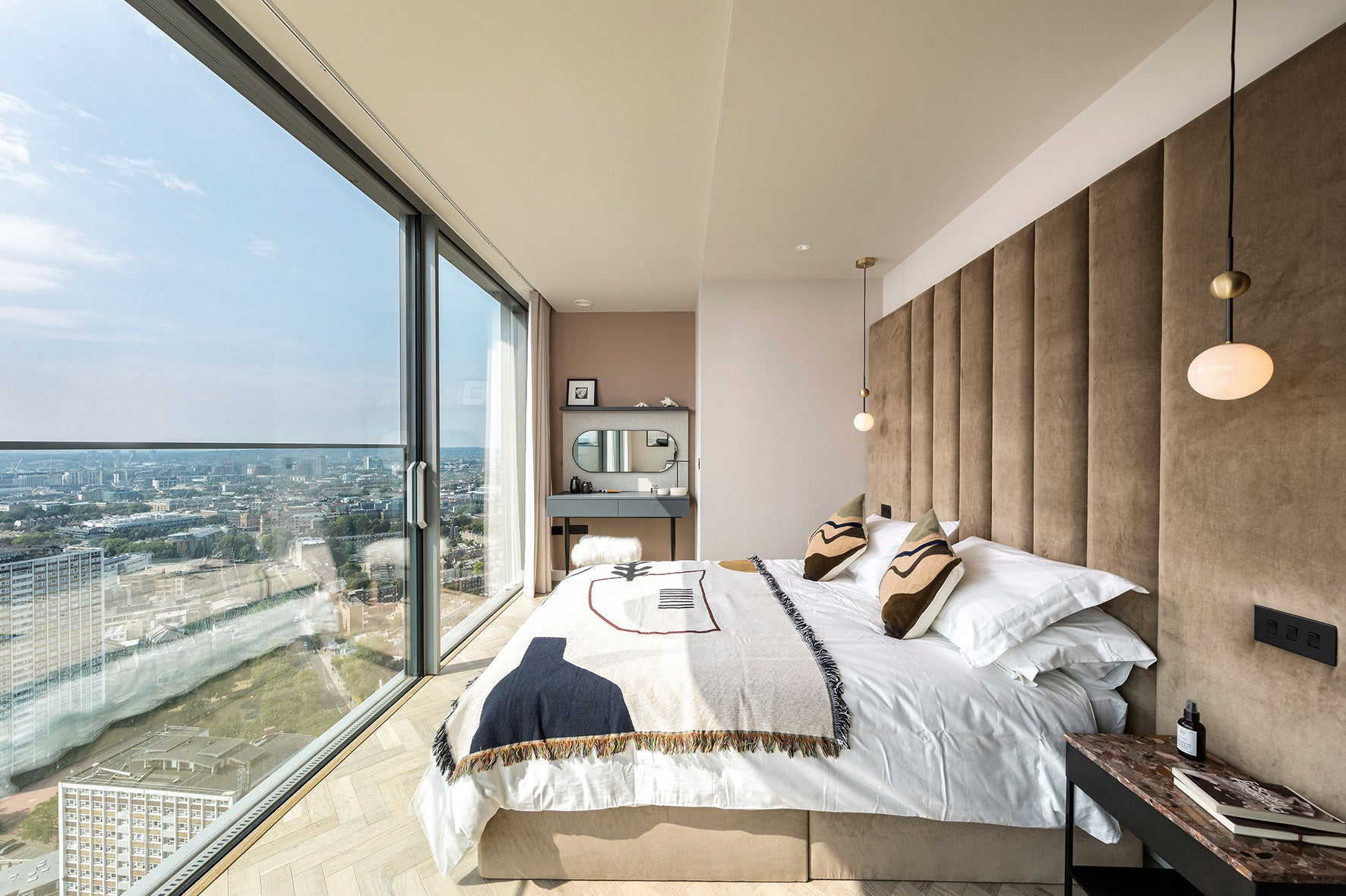 The Master bedroom, luxury apartment 250 City Road, London Valencia Tower