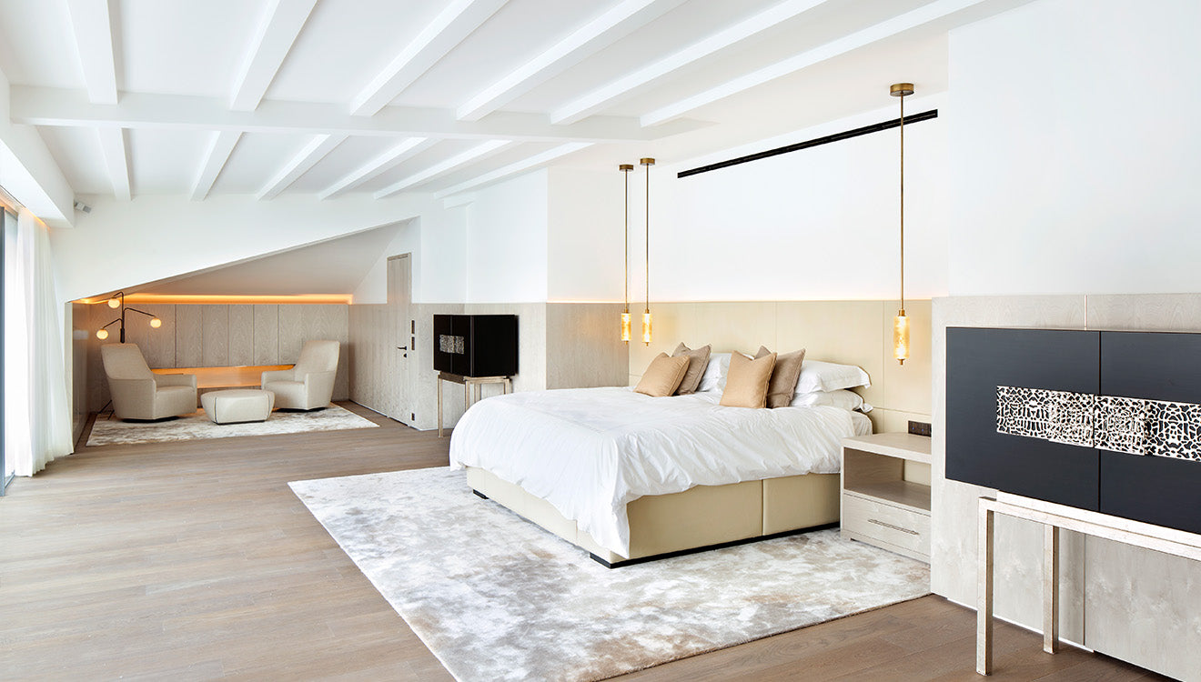 Luxury bedroom design in this modern house in Istanbul designed by 1508