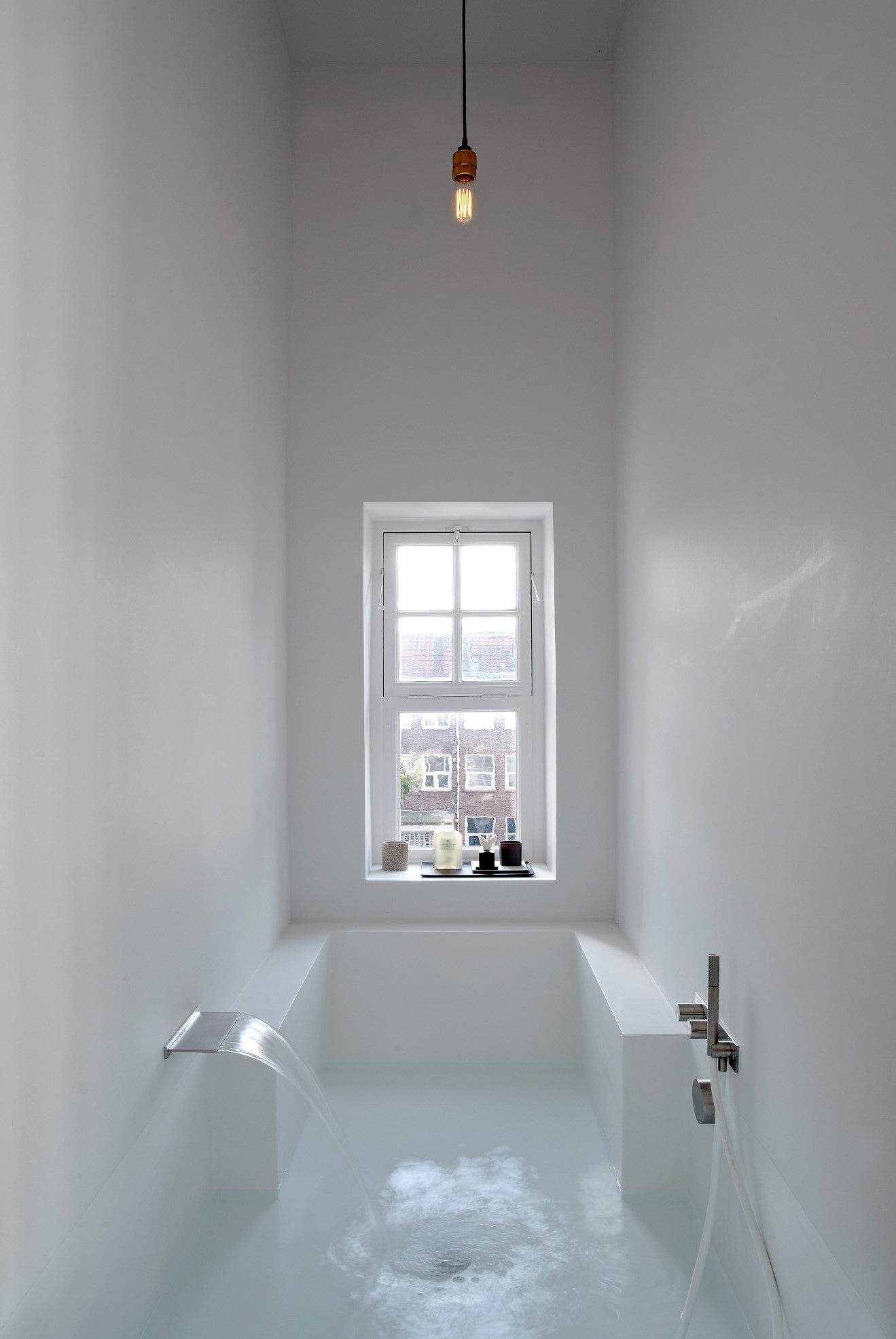 step down bath and wet room fill the room with water to bathe