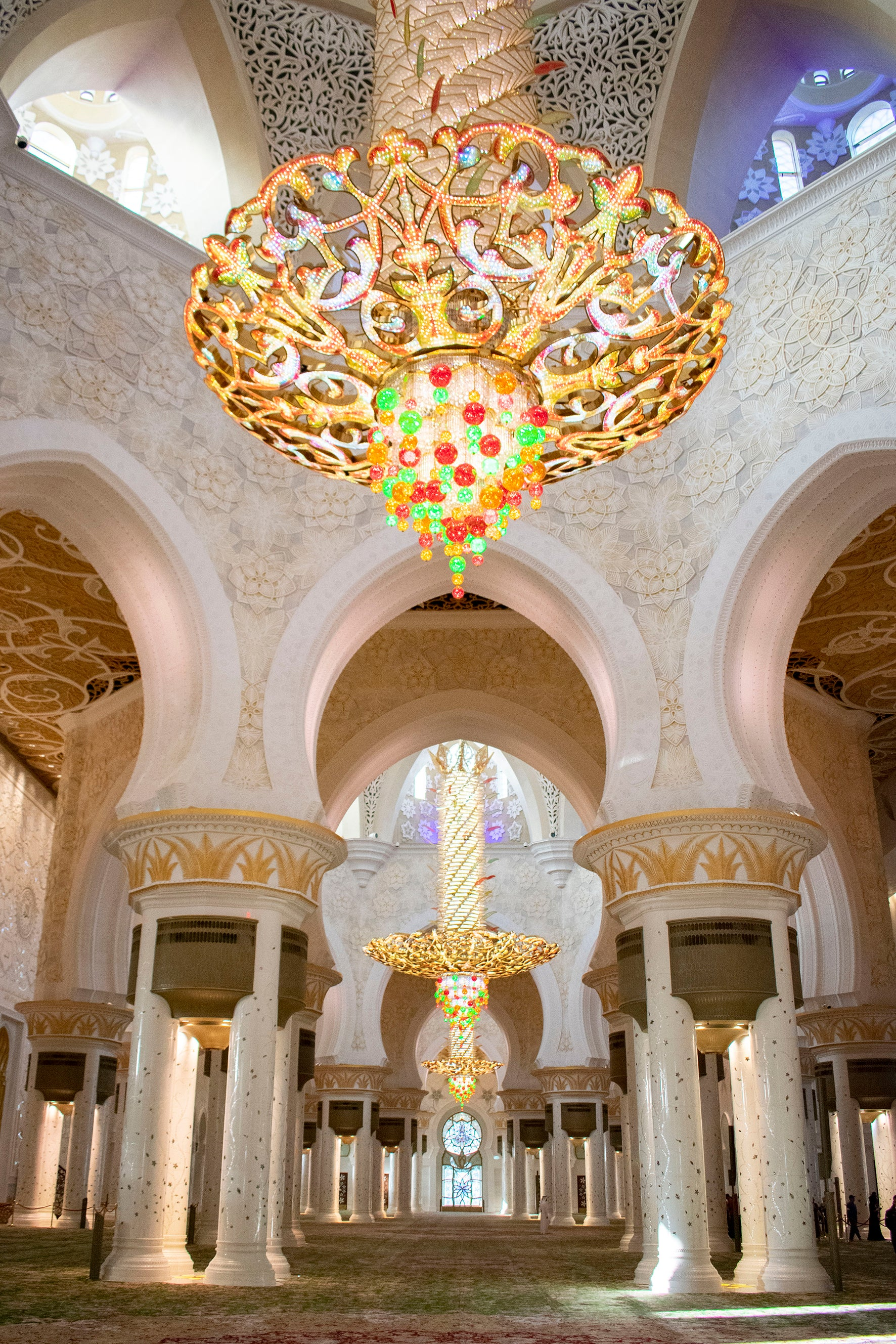 Inside Interior Sheikh Zayed Mosque Abu Dhabi UAE Travel