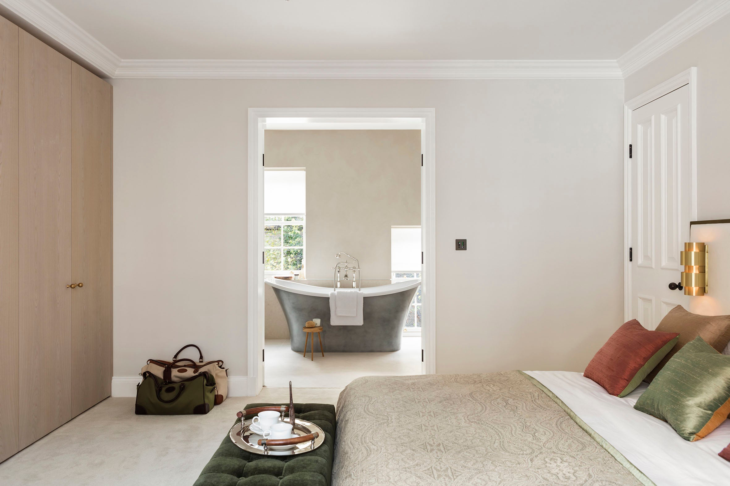 Echlin Studio Leverton House Luxury Residence Master Bedroom to En Suite