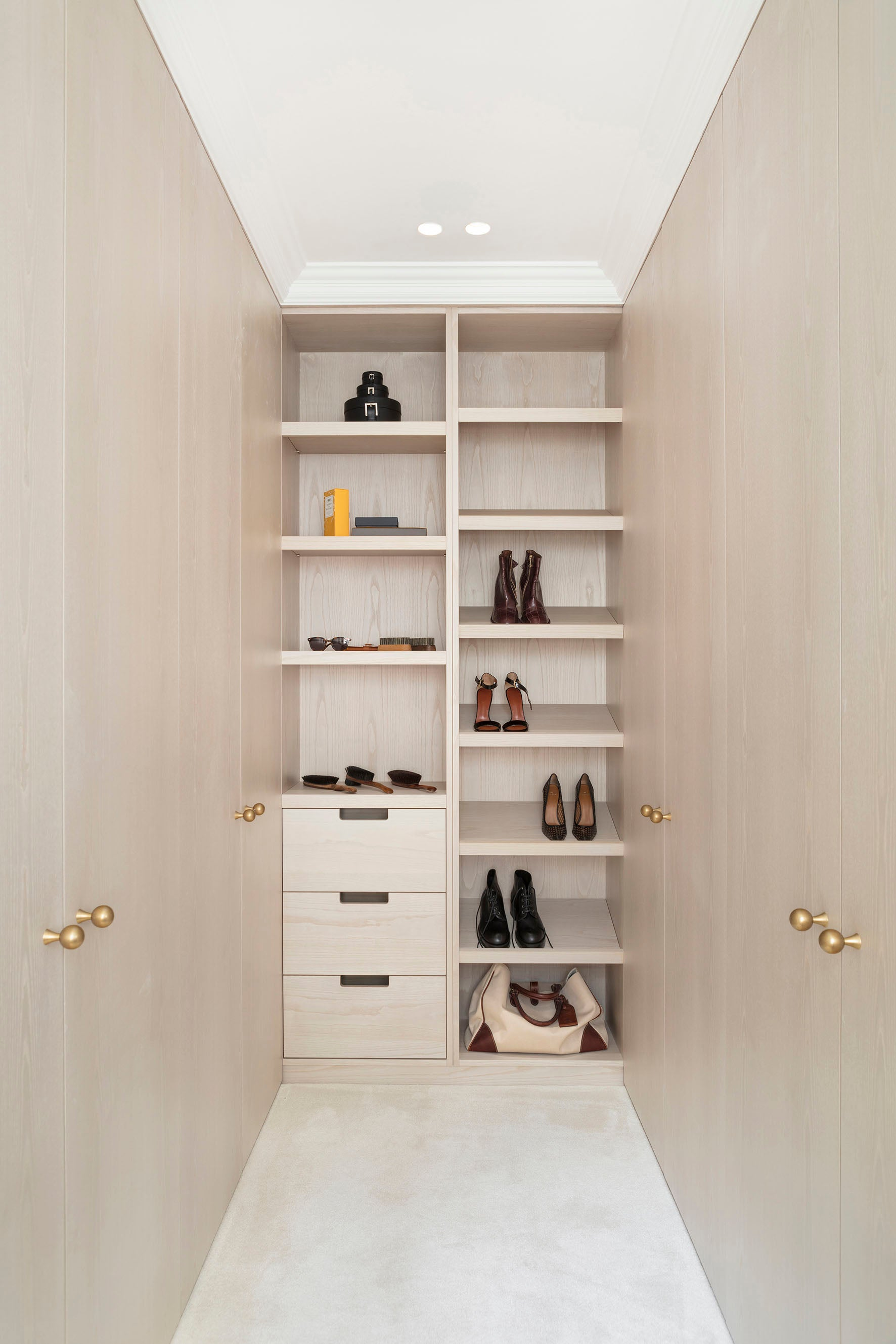 Echlin Studio Leverton House Luxury Residence Walk-In Wardrobe