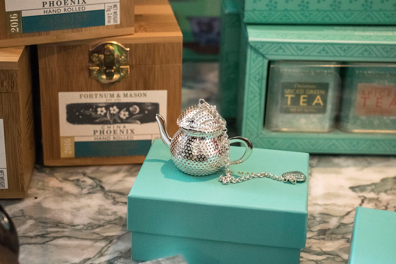 Fortnum and Mason Silver teapot shaped tea strainer