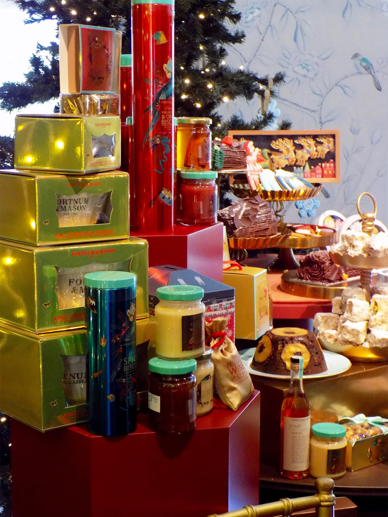 Fortnum & Mason Christmas gifts and food