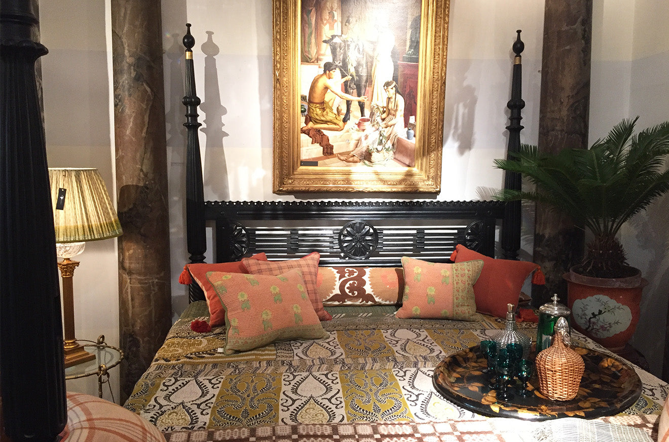 Luxury antiques decorations and furniture from Guinevere London