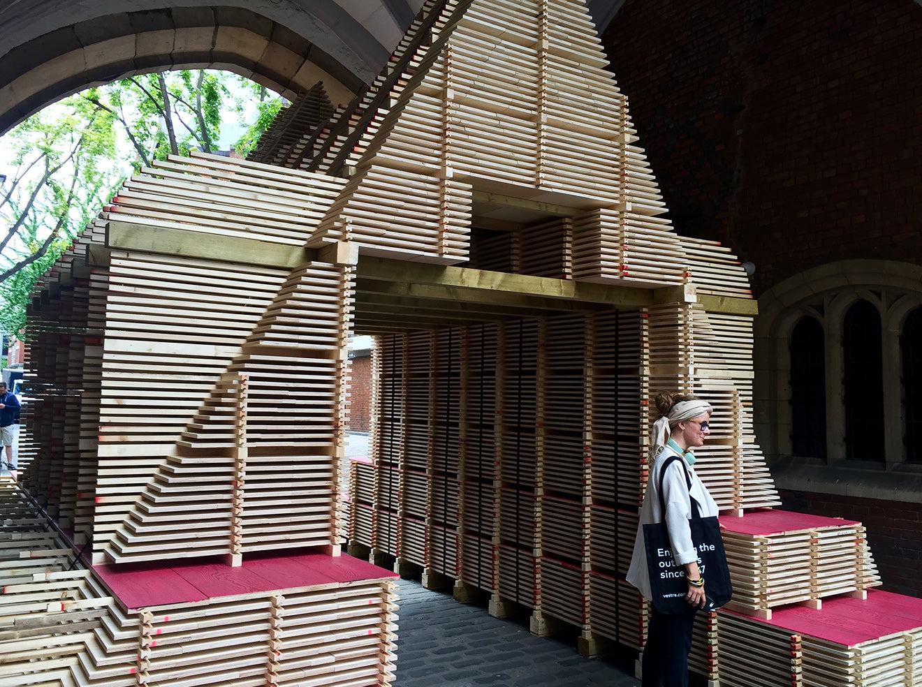 Hak Folley modern wooden pavilion for Clerkenwell Design Week London