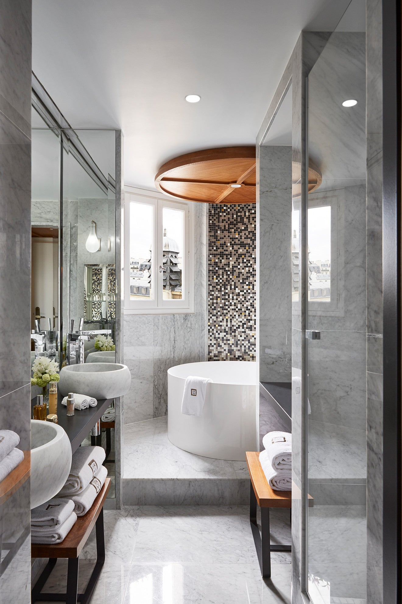 Luxury bathroom design at Hotel Montalembert