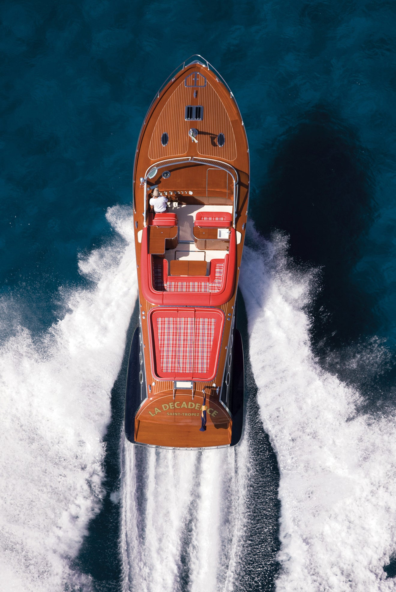 Jcraft luxury boat design classic style and glamour