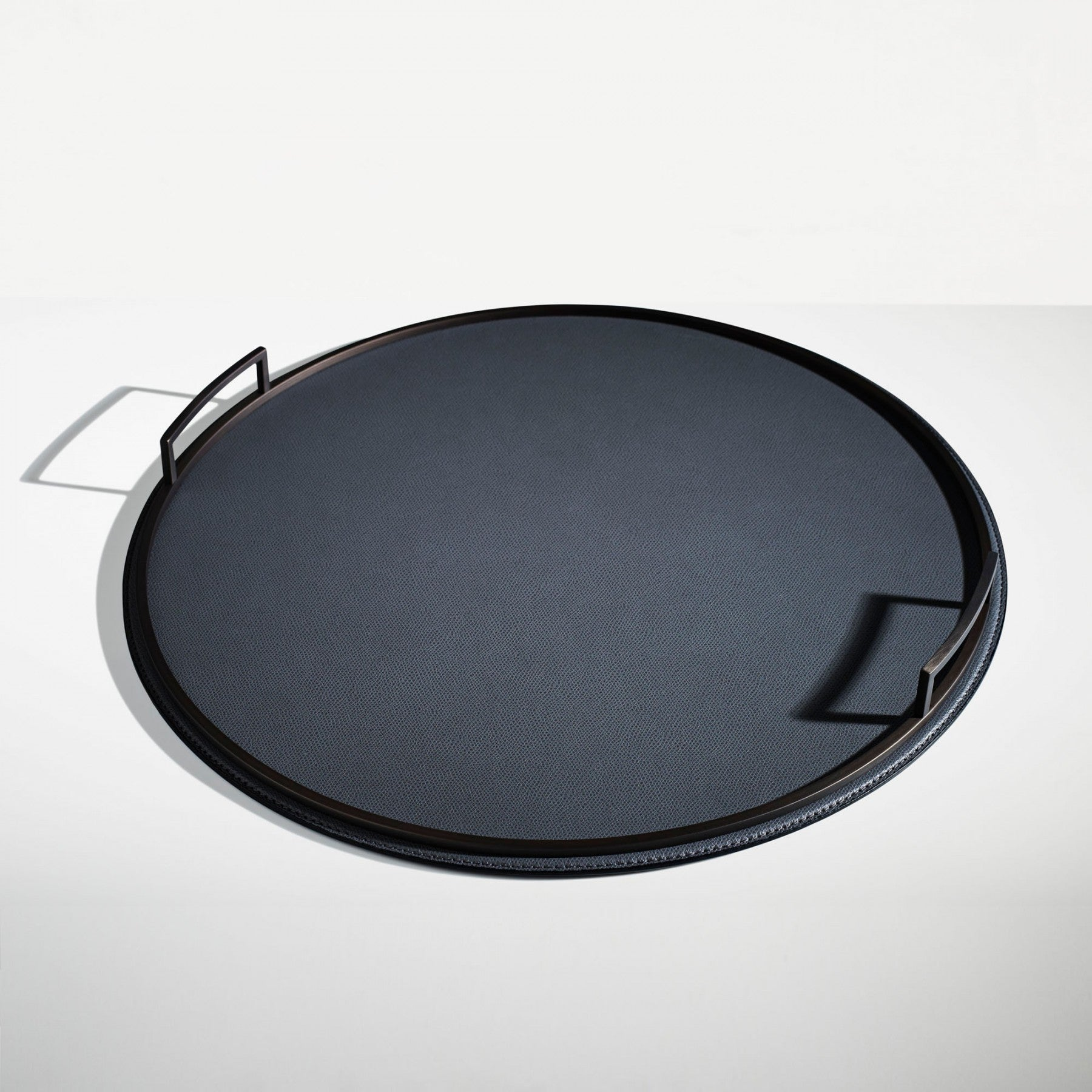 LINLEY London Evolution Slim Round Tray Large