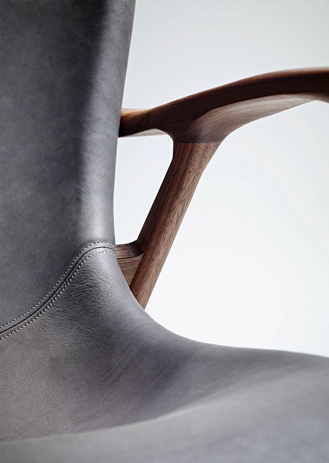 LINLEY Silhouette chair leather detailing