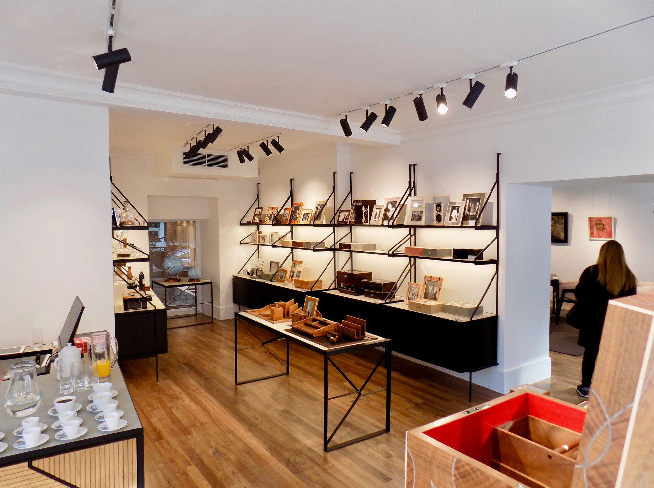 LINLEY reopens its newly refurbished store space on Pimlico Road