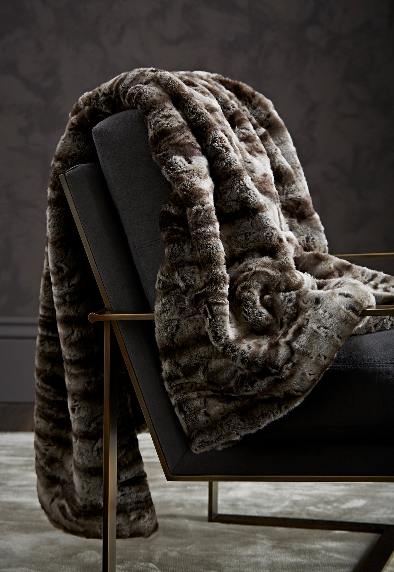 Luxdeco beautiful mink throw