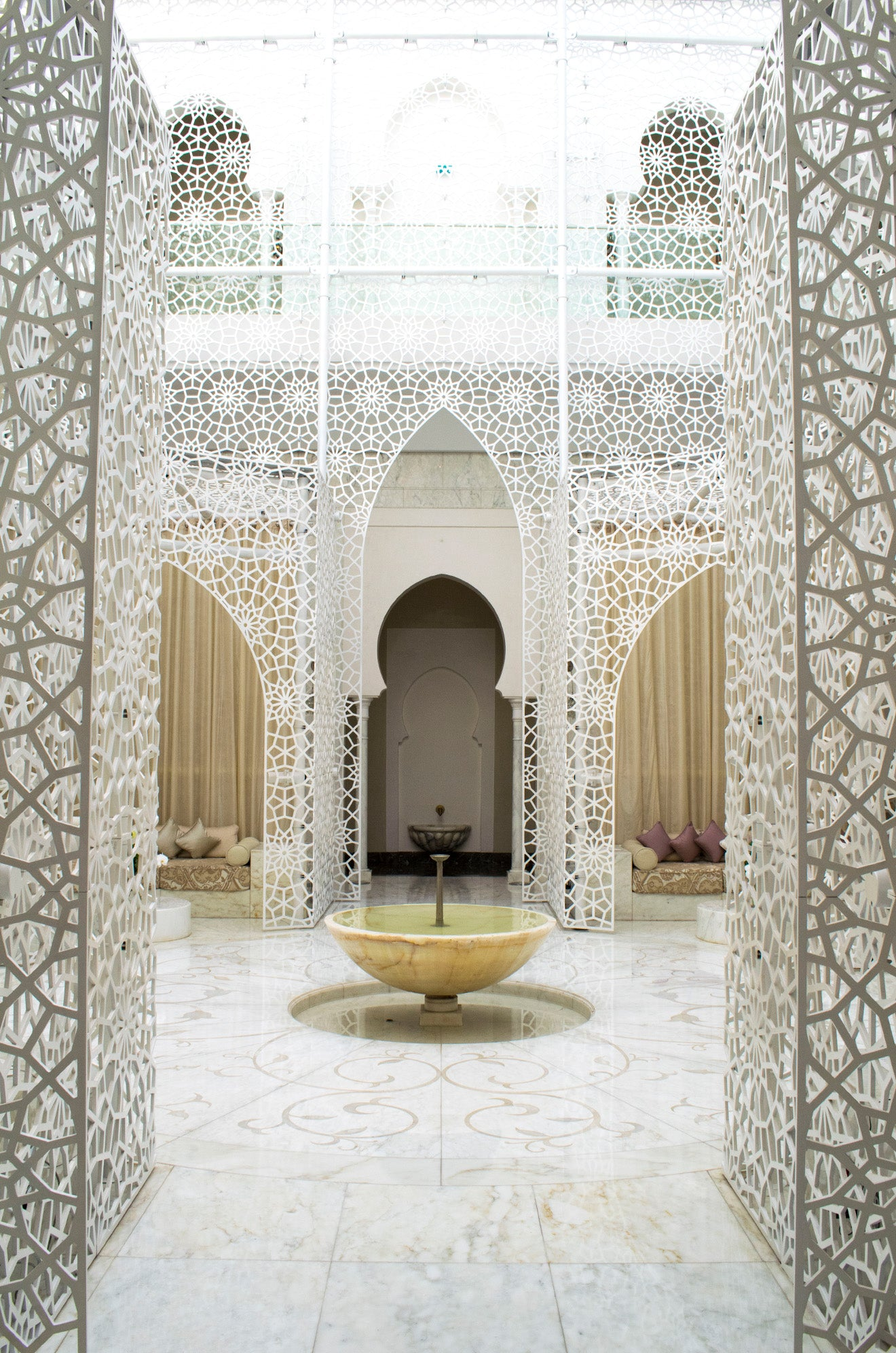 Spa with white islamic mesh detail at the Royal Mansour