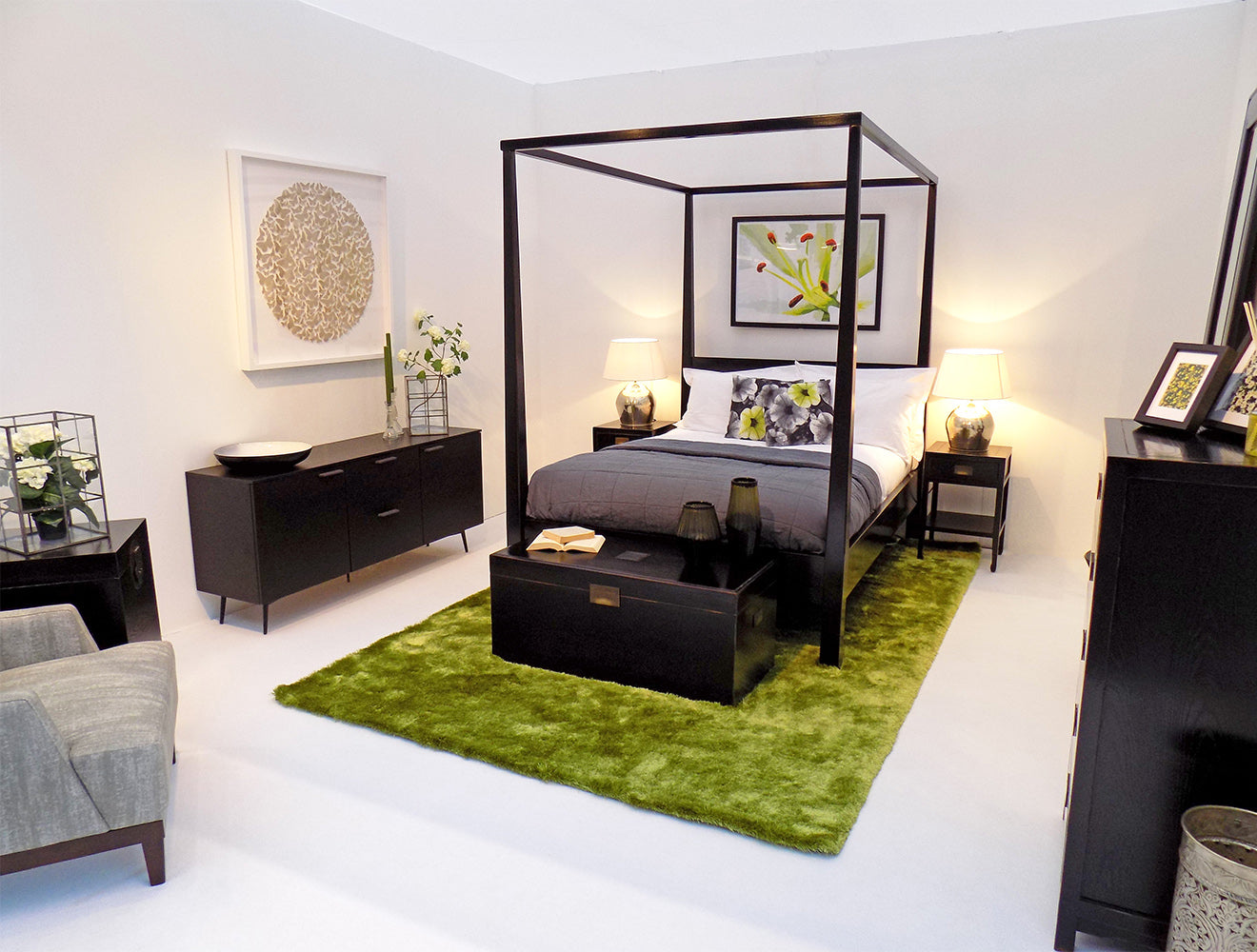 The style rooms House Fair Martyn White Designs Summer Purity minimalist bedroom