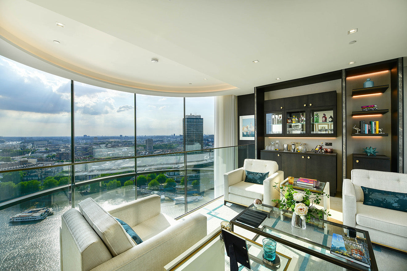 Views from the Corniche Luxury Penthouse Albert Embankment St James