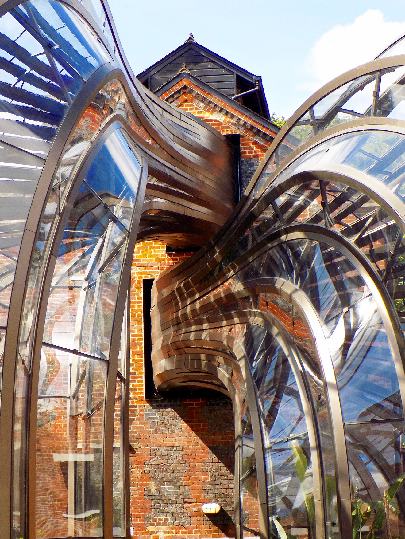 Modern architecture by Thomas Heatherwick Bombay Sapphire distillery