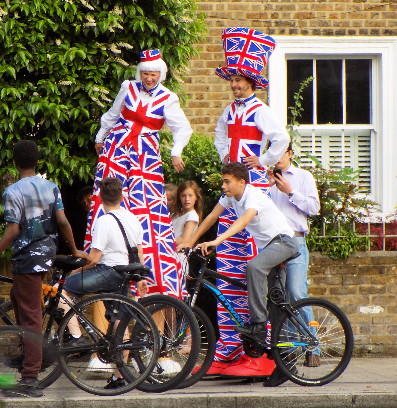 British street performers for the Chelsea Summer Street Party