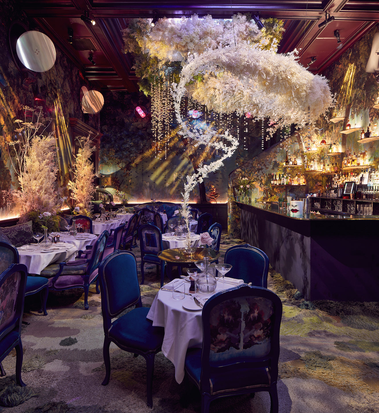 sketch  London luxury Christmas art installation in the Glade restaurant
