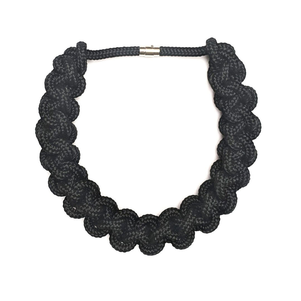The Betty knotted collar - Black