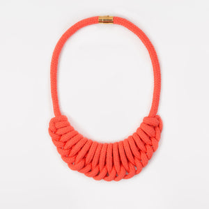 The Nina crescent necklace - coral