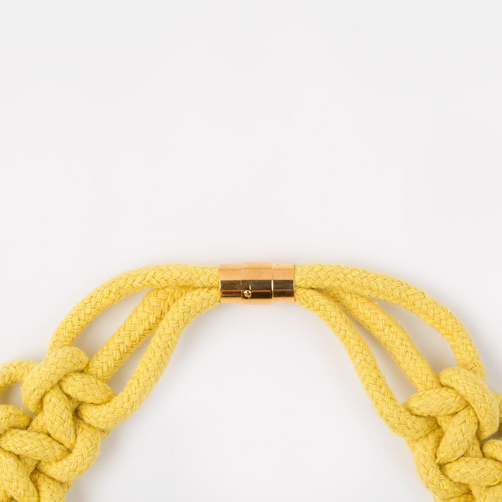The Polly scalloped collar - yellow