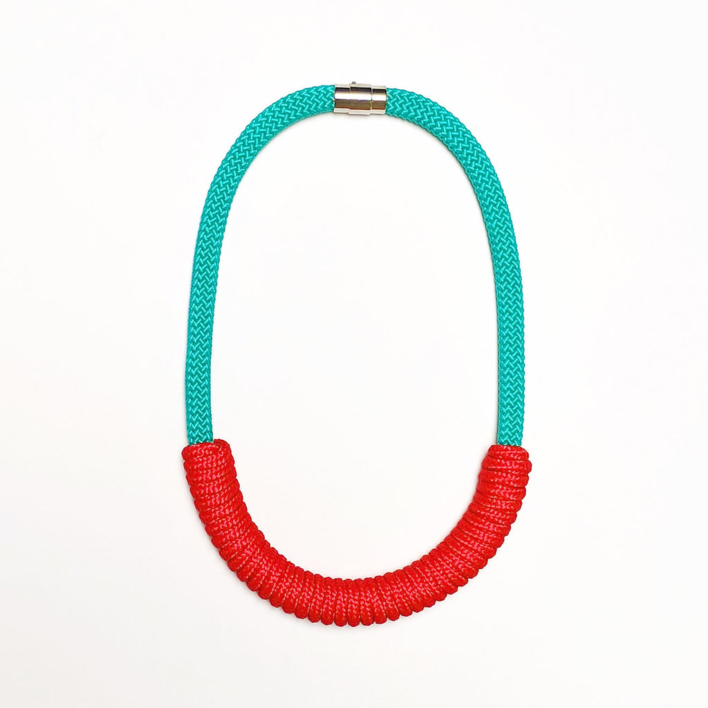 The Billie rope necklace (short) - aqua