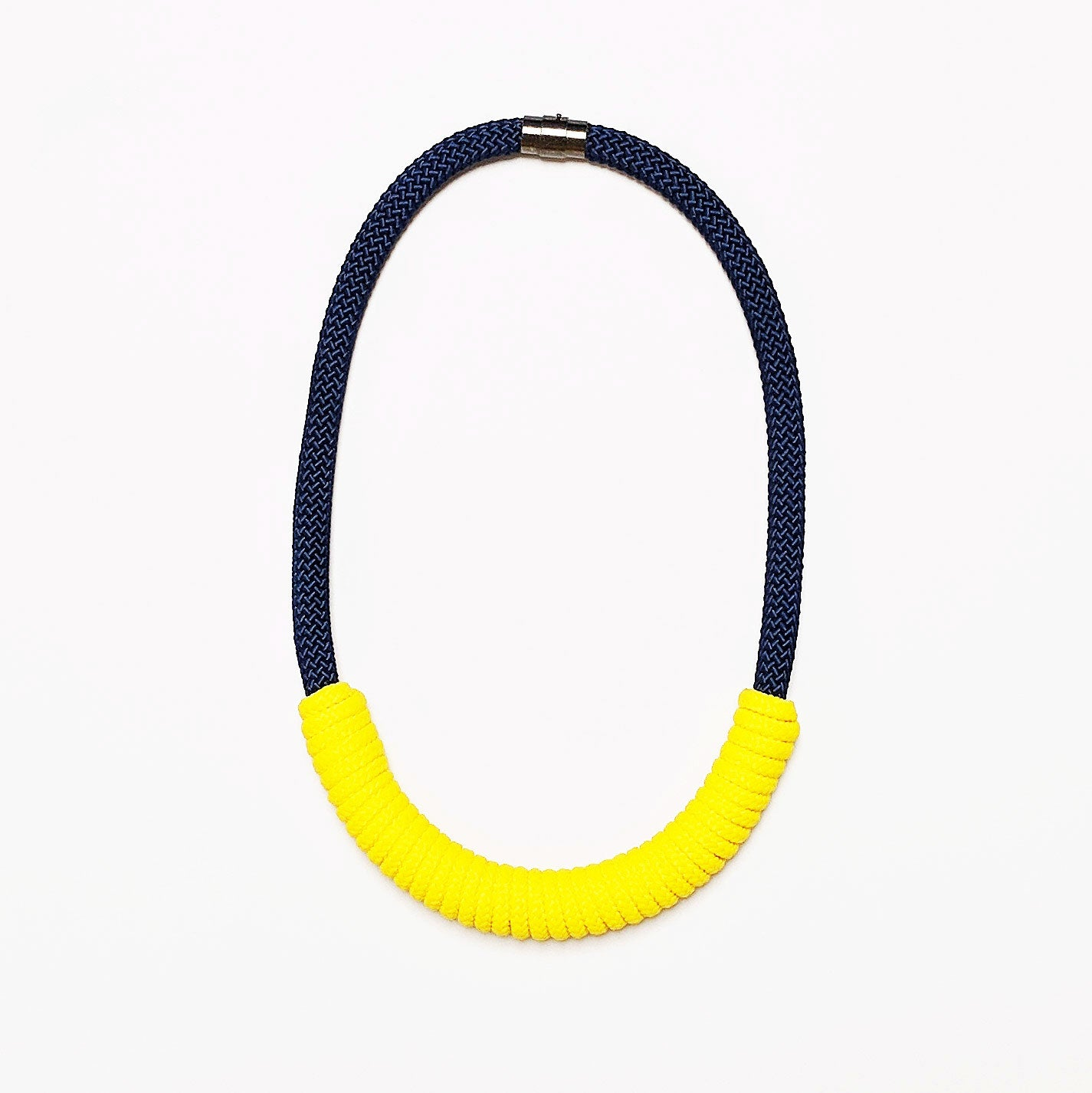 The Billie rope necklace (short) - navy