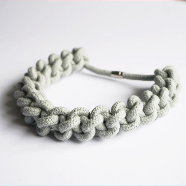 Betty knotted collar - soft grey