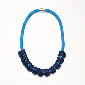 Iris necklace - Light blue and navy
