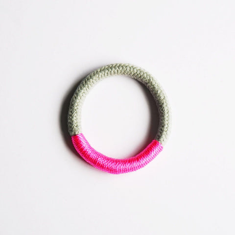 Maya natural and neon bracelet - Grey and Pink