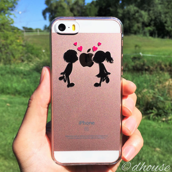 MADE IN JAPAN Hard Shell Clear Case - Little Couple Love Kiss for iPhone SE/5/5s - Dhouse USA - 1