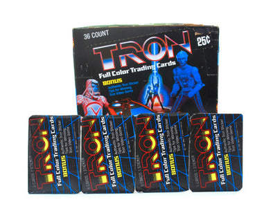 PAQUETS CARTES COLLECTION TRON 1981 - 8 CARTES + 1 STICKER