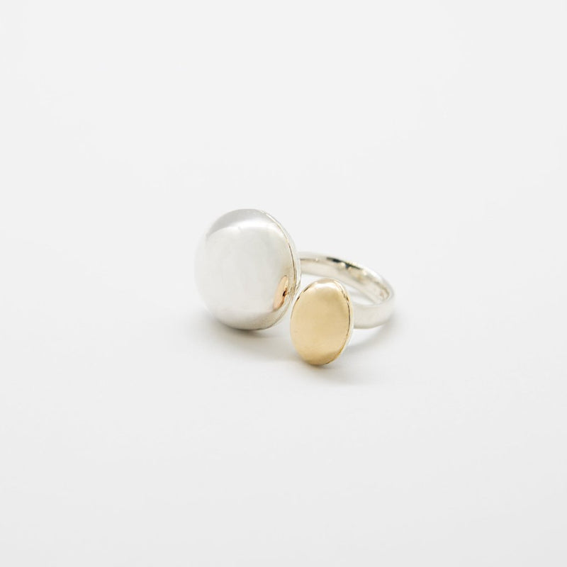 COCOON DOUBLE SPHERE Ring: 14kt gold and sterling silver
