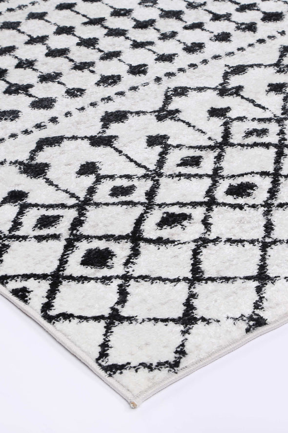 Ermina Tribal Black White Rug