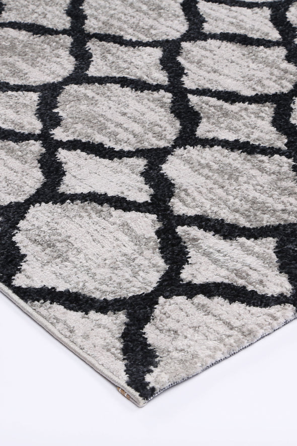 Paisley Lattice Charcoal Rug