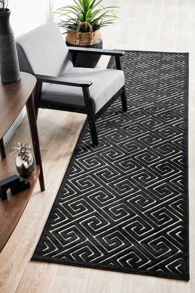Chicago Alice Black & Gold Runner Rug