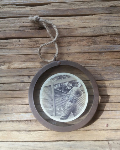 Small Rustic Round Hanging Frame