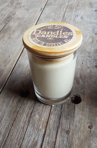 Dandles Candles 8 oz hand poured soy wood lid candle
